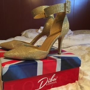Gold Pointed Toe Ankle Strap Heels